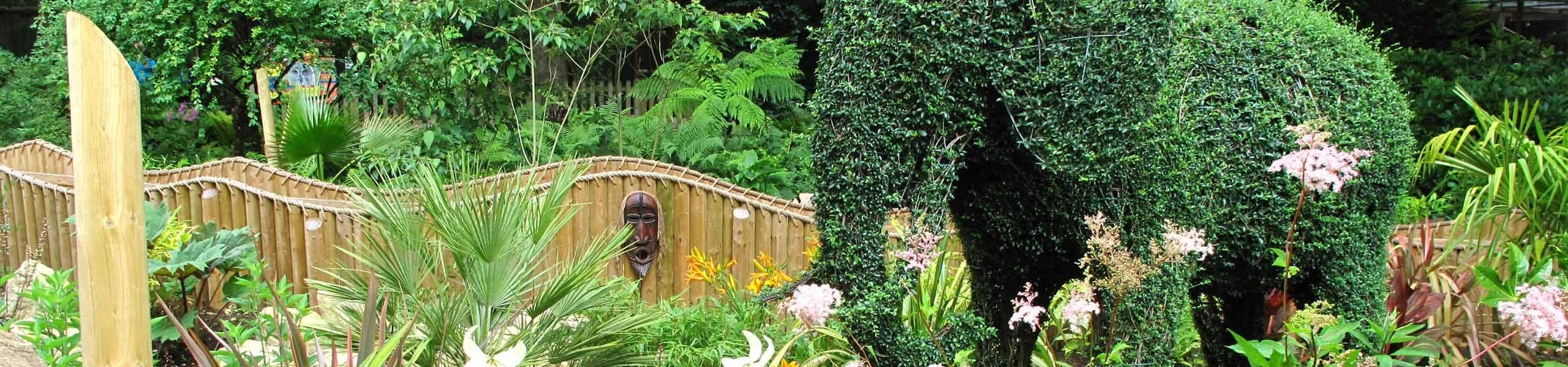 African Themed Jungle Falls Garden | Paultons Park