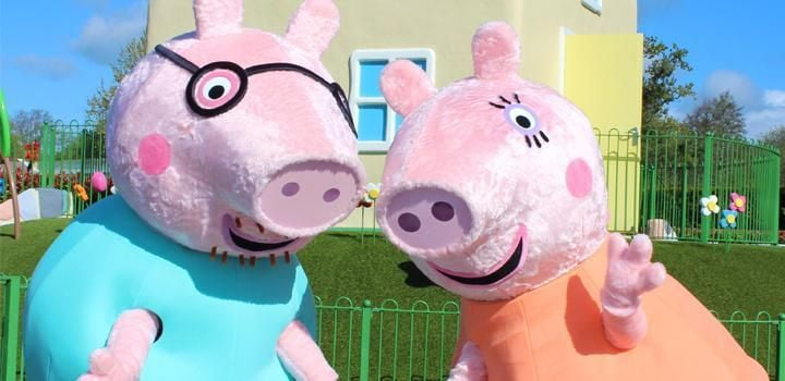 See Mummy and Daddy Pig